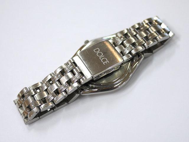 国産セイコー腕時計ドルチェ金属バンドや裏側も超音波洗浄で綺麗