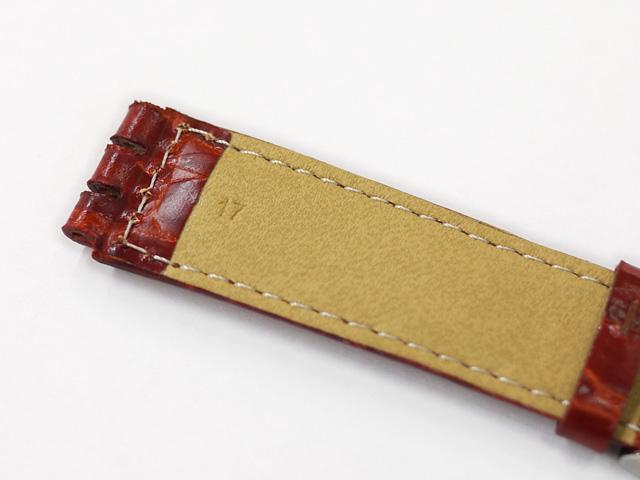 時計ベルト幅17mmの革ベルト、ステッチ入りで切れ込みが入っています