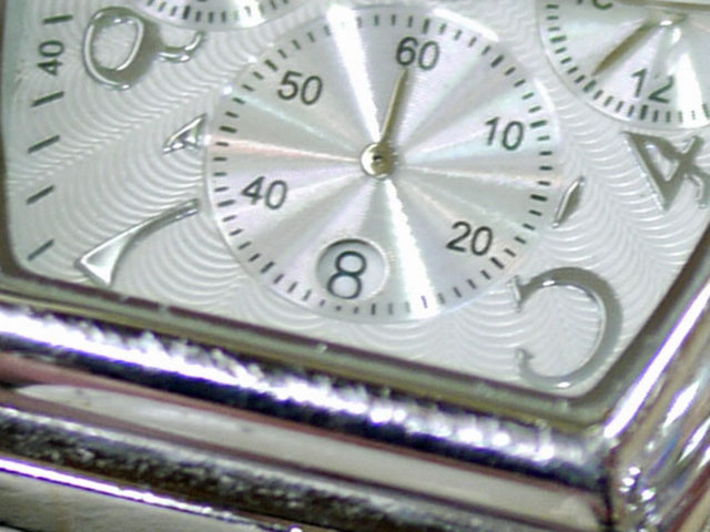 NEWMAN腕時計カレンダー枠取り外し修理