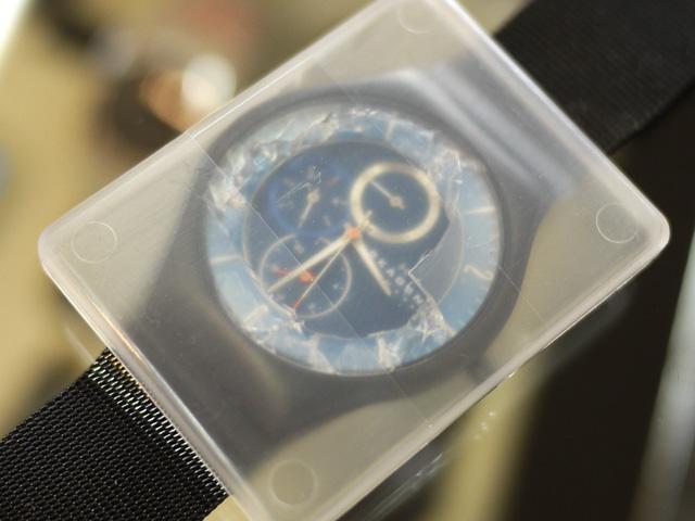 スカーゲン北欧デンマークの腕時計。ガラス割れ修理預かり