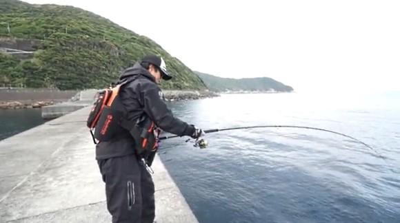 ヒロセマン 広瀬達樹 イソマグロ 釣り 防波堤 ジグパラ