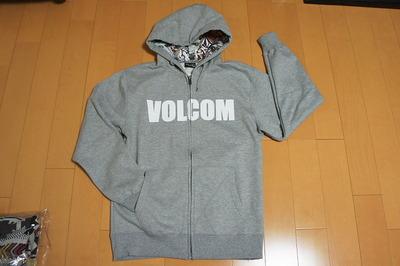 VOLCOM(パーカー③)