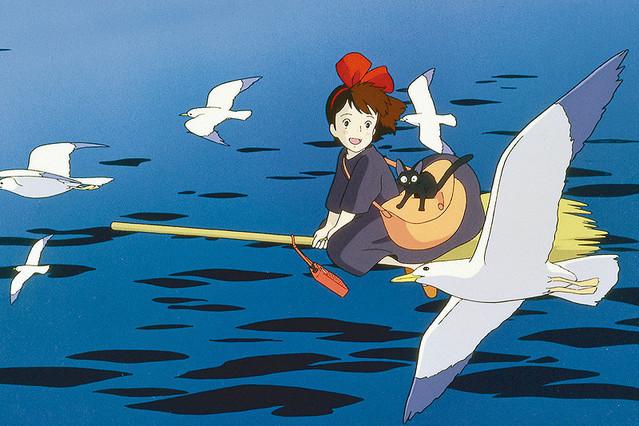 【画像】高木さん作者「魔女の宅急便が放送!?絵を描かなきゃ」シュバババ