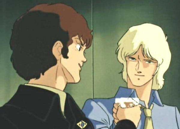 クワトロ「信頼出来る上司!現場でMS乗れる!可能性に満ちた後輩!アムロと共闘!!!」