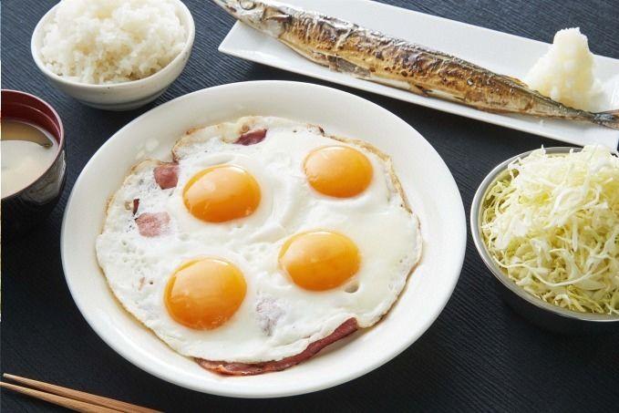 刃牙カフェが期間限定オープン!  ごきげんな朝飯や14キロの砂糖水などコラボメニュー