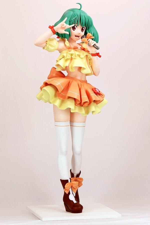 【画像】220万円の等身大ランカ・リーのフィギュアが発売される これは可愛すぎる!