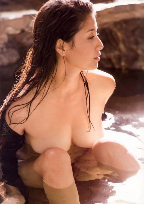 橋本マナミをセフレにしたくなるエロ画像