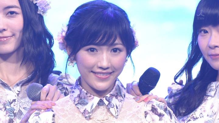 【gif画像】日本レコード大賞でAKBまゆゆの可愛さが限界突破!