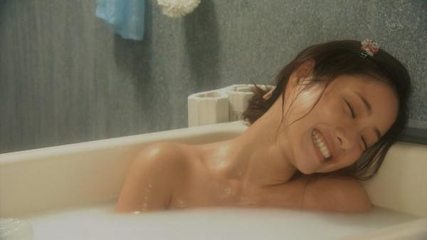 石原さとみの入浴、ラブシーンがエロいキャプ画像