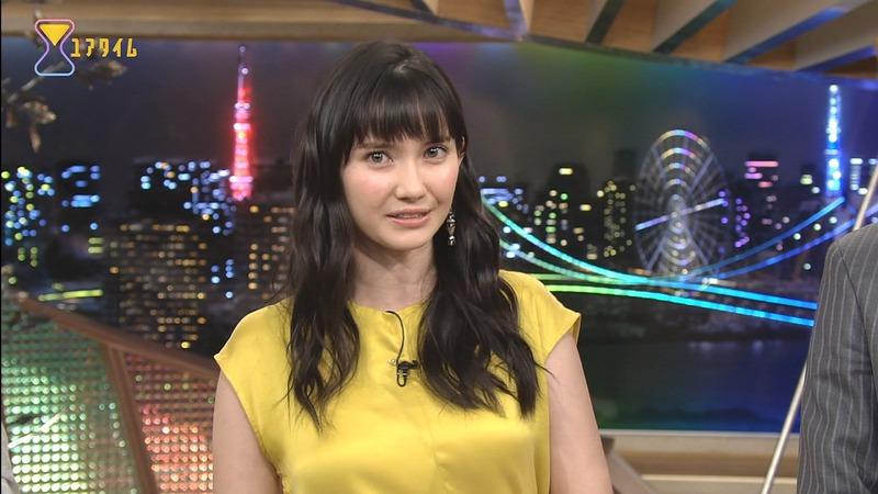 市川紗椰さんのおっぱいが気になって仕方がない番組