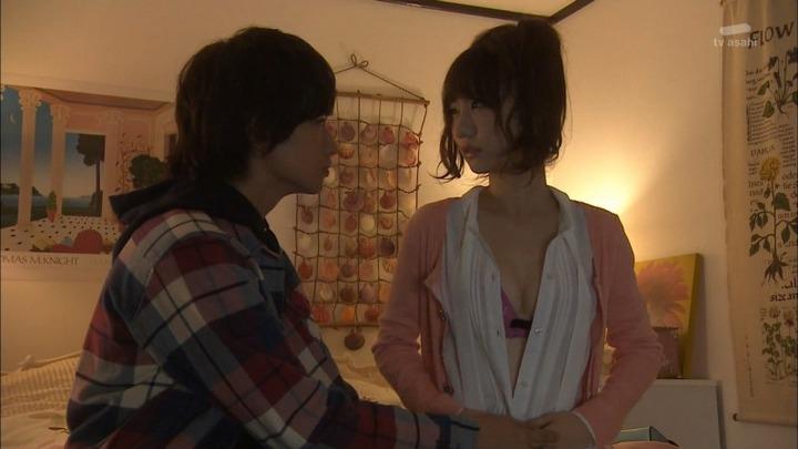AKB48選抜総選挙2位になった柏木由紀の下着姿の画像