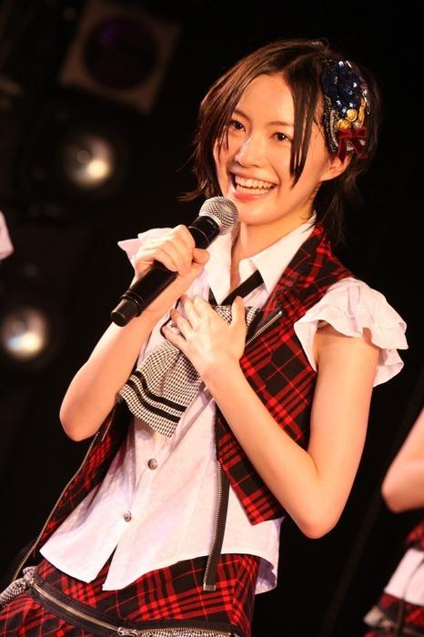 SKE松井珠理奈の笑顔が可愛い画像25枚