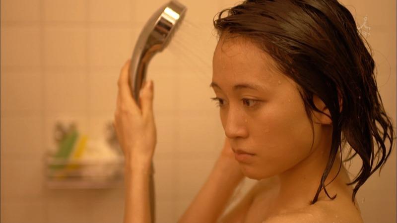 前田敦子/あっちゃんの濡れ場シーンがエロい画像