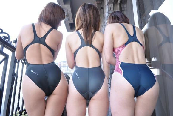 お尻のラインがよく分かる競泳水着・スク水のエロ画像45枚