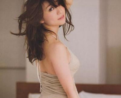 【画像】大島優子のシコリティ高すぎる肉体をご堪能下さい