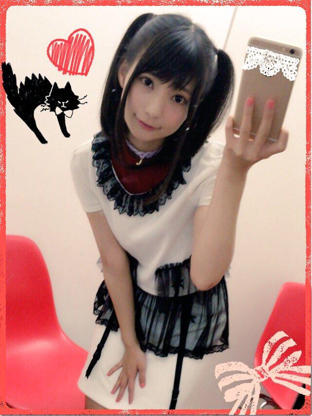 髪のアクセサリーが素敵な高野麻里佳さん