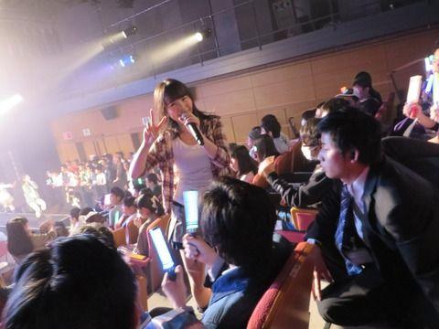 【画像アリ】HKT新劇場、やっぱり近い【HKT48】