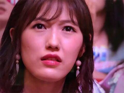 【東スポ】須藤の結婚発表でドス顔したまゆゆ、実はキレていなかった!【渡辺麻友】