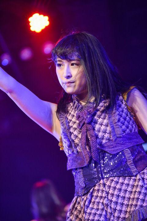 川本紗矢さん、JKTで美ワキを披露!