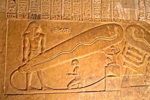【悲報】エジプト文明さん、5000年続いたにも関わらずスマホ一つ作れない無能集団だったの画像