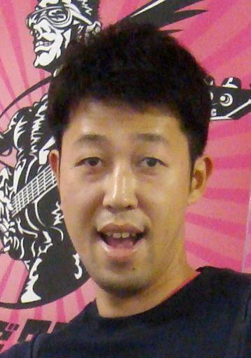 【エンタメ画像】小籔千豊が新幹線でスマホ注意され反省 「6、4で僕が悪い」