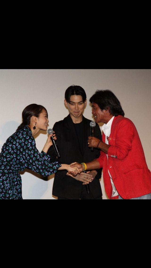 【エンタメ画像】【悲報】前田敦子の握手会wwwwwwwww