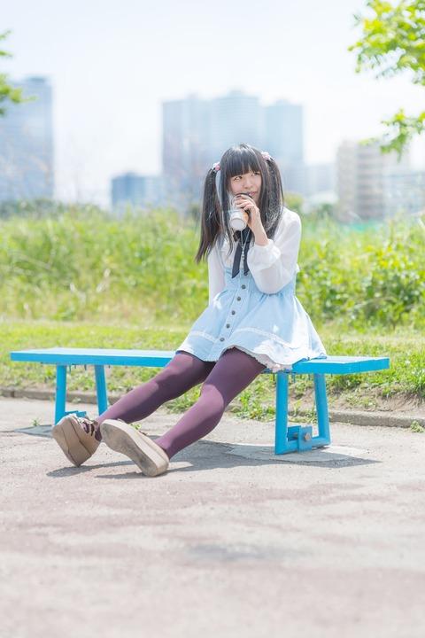 KOKO85_benchinisuwaricyu-cyu--thumb-autox1600-15935