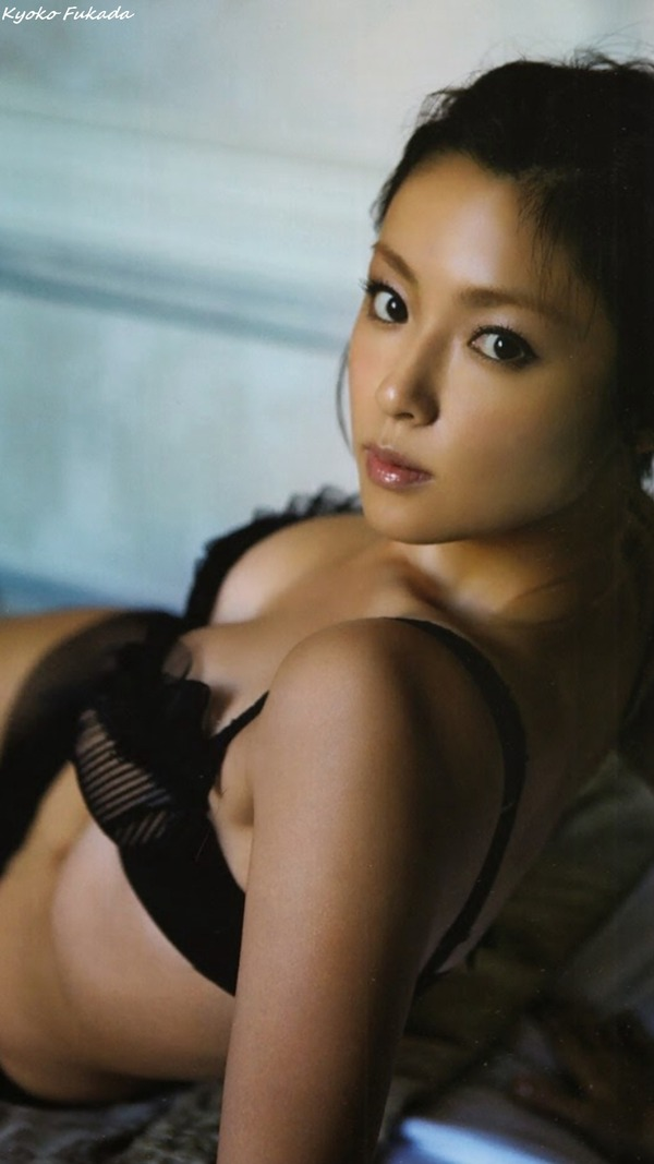 kyoko_fukada_V2_16