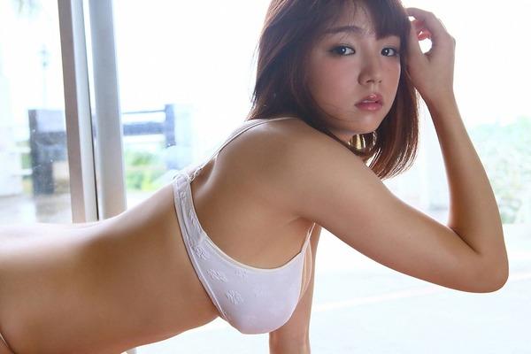 ai_shinozaki_V6_13