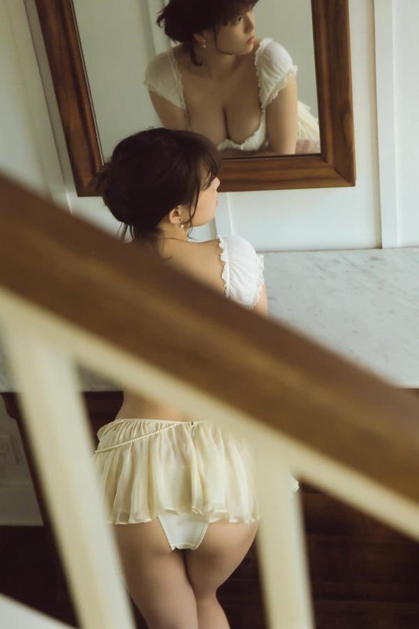 ai_shinozaki_V7_04