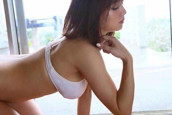 ai_shinozaki_V6_12