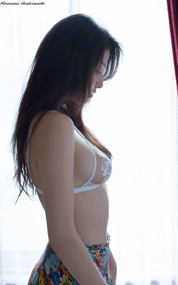 manami_hashimoto_V3_03