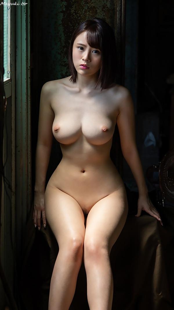 mayuki_ito_V1_13