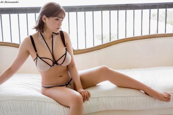 ai_shinozaki_V7_15