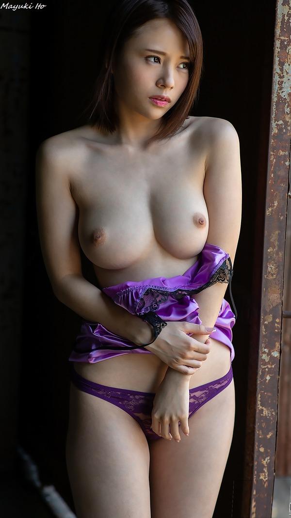 mayuki_ito_V1_15