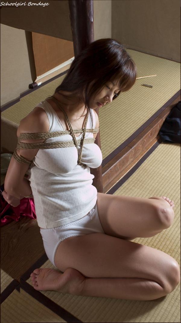 jk_bondage_V2_001