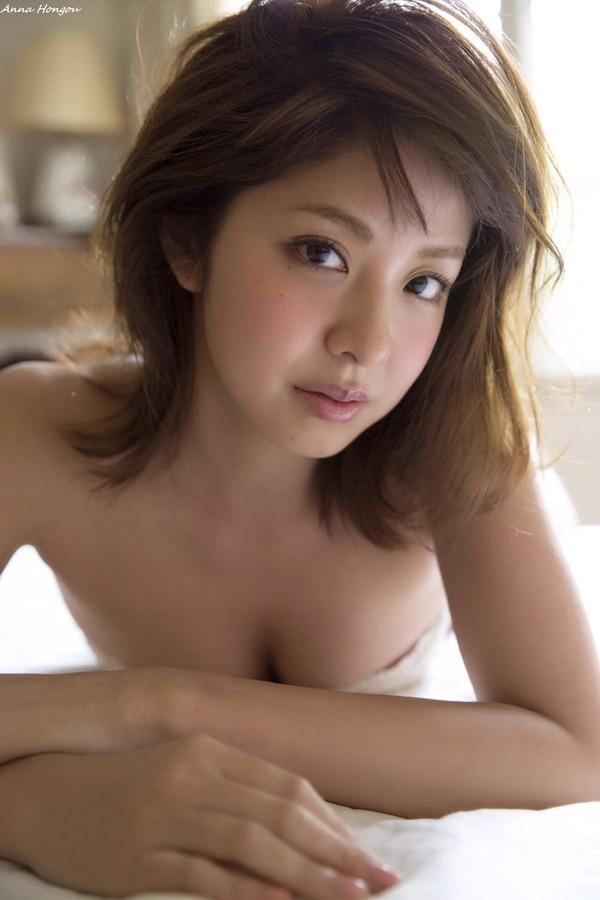 anna_hongou_V1_03