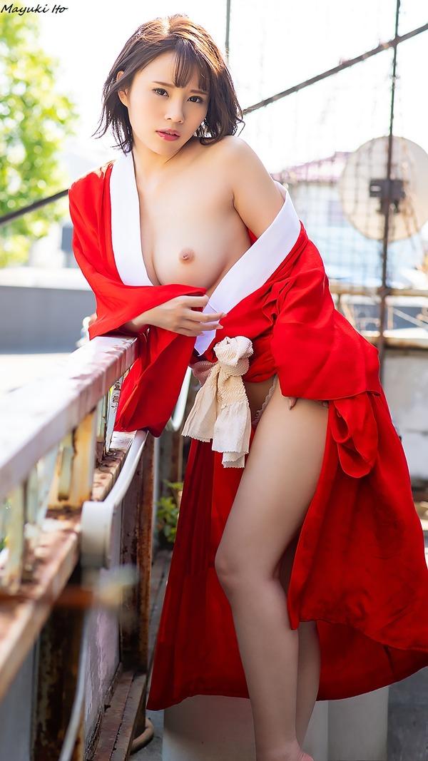 mayuki_ito_V2_02
