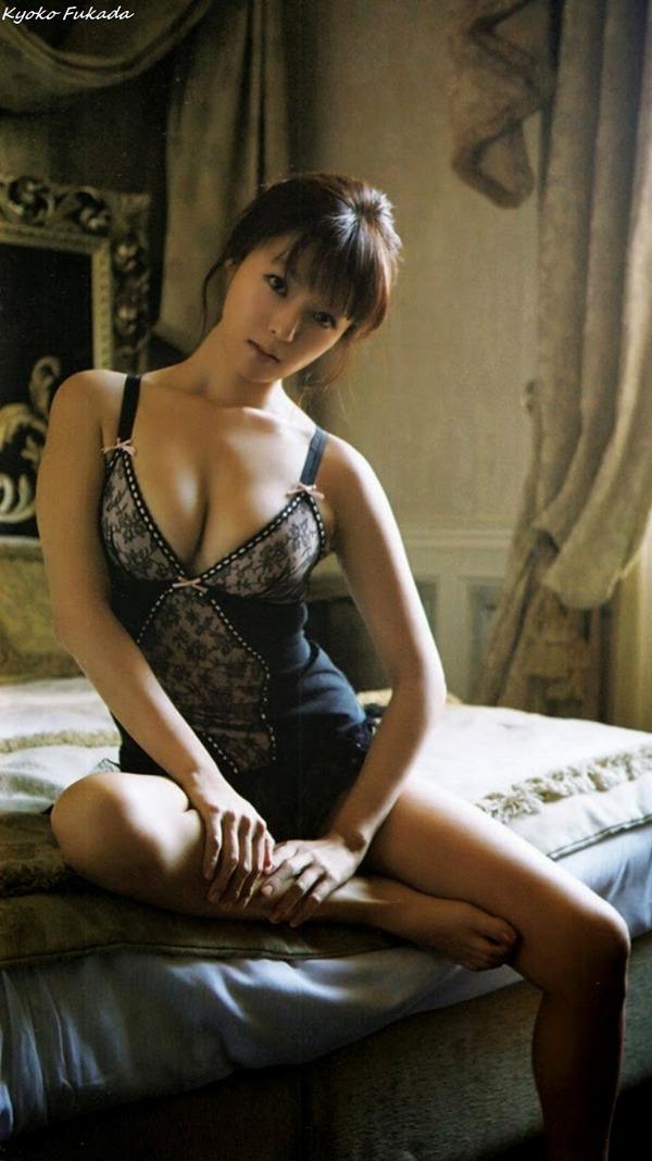 kyoko_fukada_V1_09
