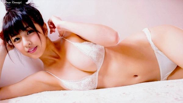 yurina_yanagi_V1_22