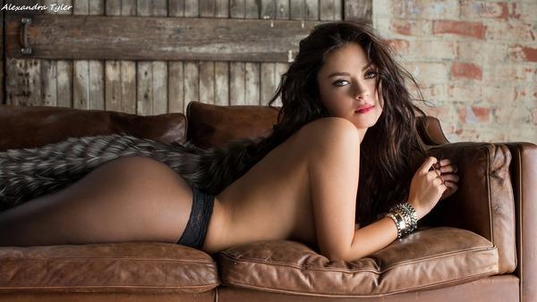 Alexandra Tyler_20