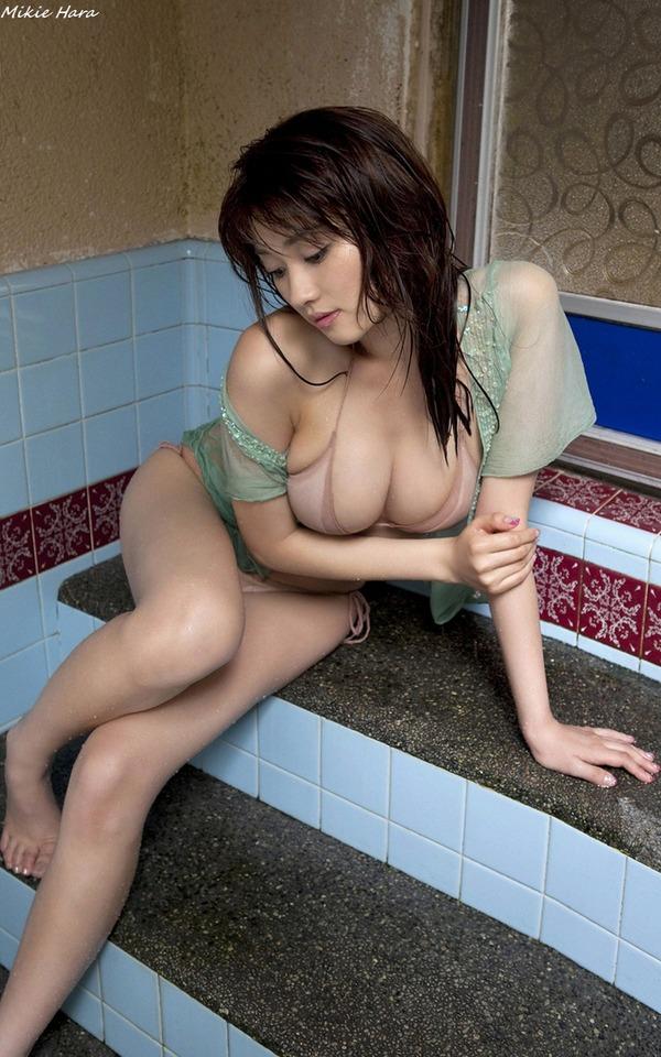 mikie_hara_20