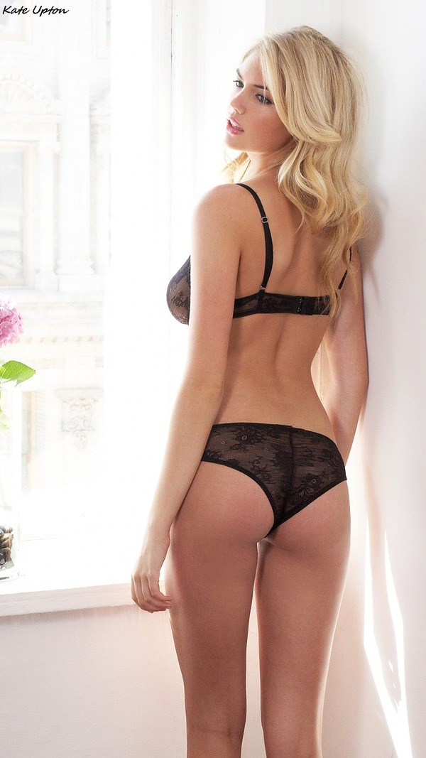Kate Upton  Lingerie_05