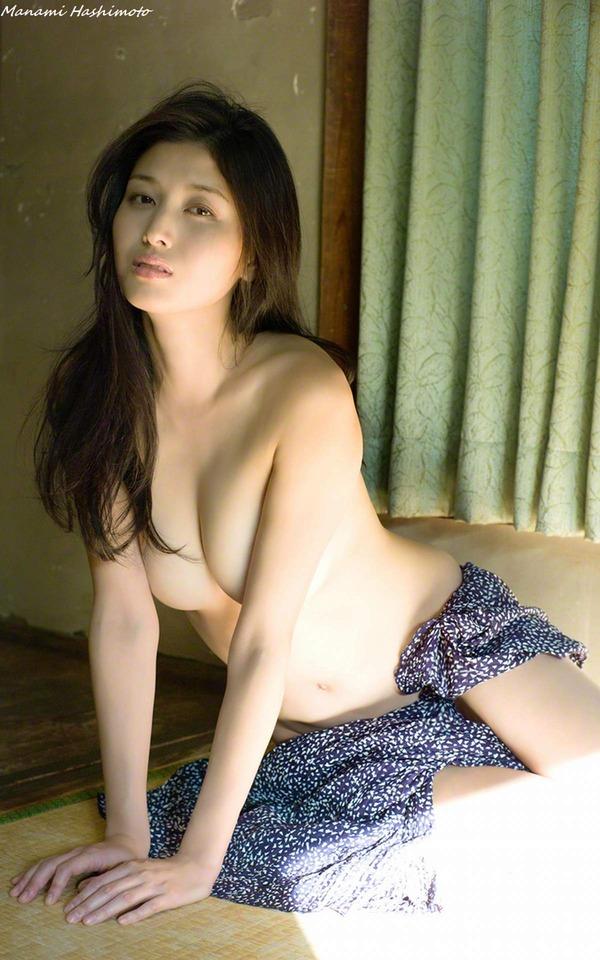 manami_hashimoto_V3_13