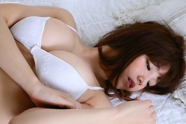 ai_shinozaki_V6_14