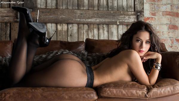 Alexandra Tyler_15
