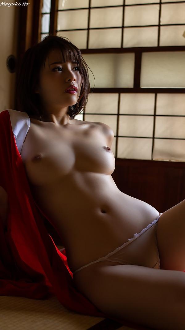 mayuki_ito_V2_16