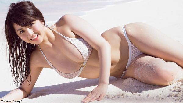 yurina_yanagi_V1_17