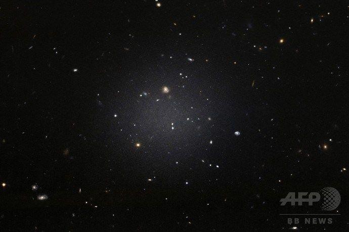 【宇宙マジヤバイ】「こんなことありえないこと」科学者当惑…暗黒物質が存在しない銀河が報告される