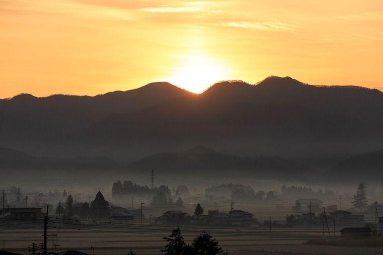 実家の周りは田んぼや畑。山奥の田舎です。